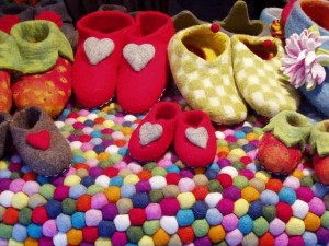 shoes-139899_640